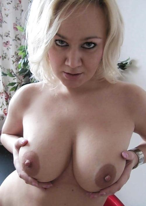 Tittenfrau aus Berlin,Deutschland
